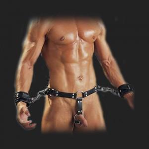 BDSM cinturón de arnés de la servidumbre hombre con esposas y martillo tórica