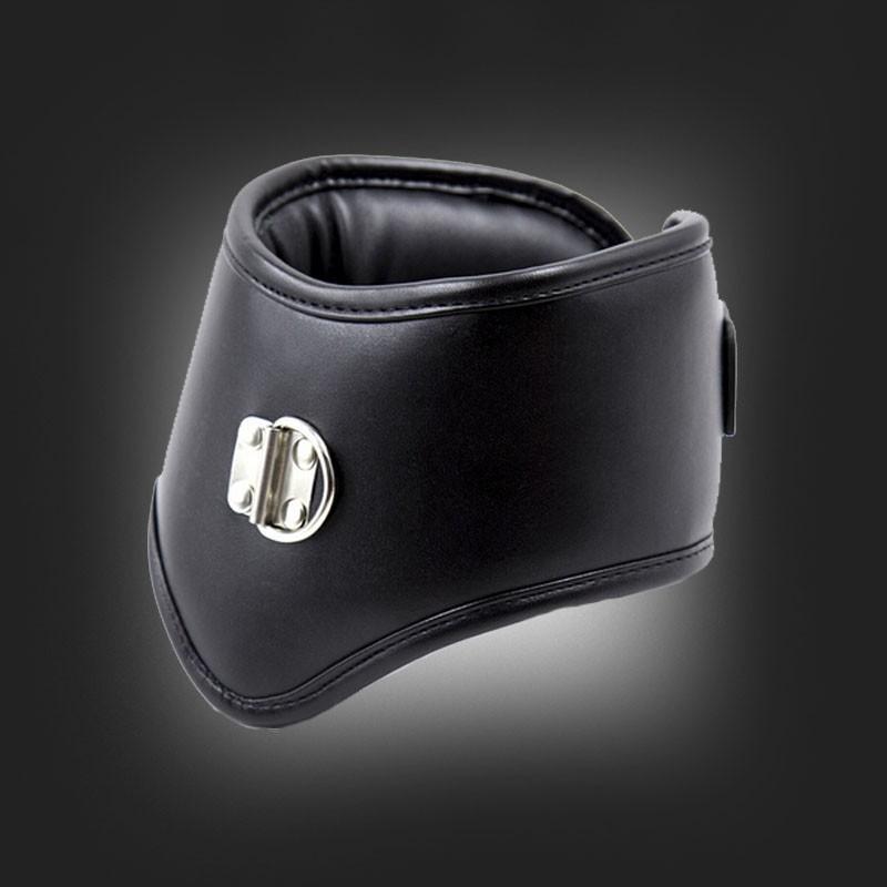 soumise enculee femme gode ceinture