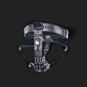 cinturón de castidad hombre bondage
